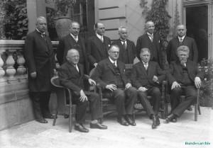 Rudolf Wissell sitzend rechts und das II. Kabinett Müller (1928-30)