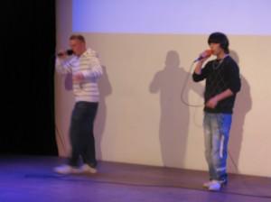 Mitreissend: Sira Kalif und Omen Master Hip-Hop-Talente aus dem Stadtteil