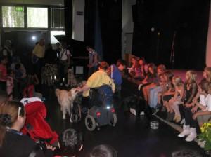 """Hilfreich: Tierisch gut, was die ausgebildeten """"Hunde für Handicaps"""" so alles können"""