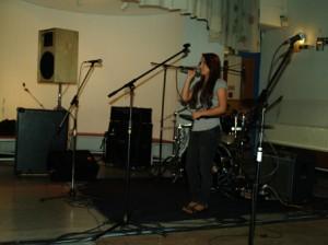 Alina hat schon bei den WM-Veranstaltungen im STEIG mit ihrer tollen Stimme überzeugt