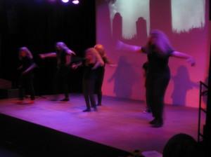 Mit viel Drive: Immer dienstags im KiK proben die Tänzerinnen unter der Anleitung von Gina
