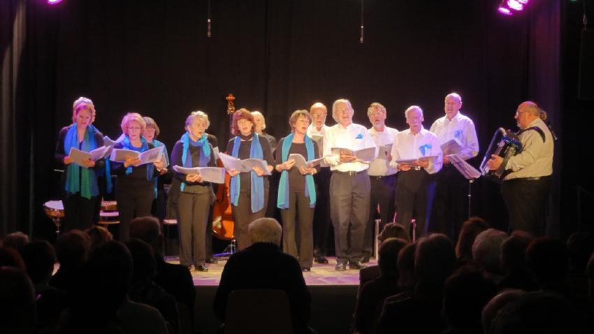 und der Klezmer-Chor