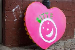 """""""Bitte Lächeln"""" sorgt auch für schöne Nachbarschaft"""