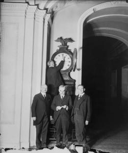 """Daylight_savings_Ohio USA 1918_wikimedia commons """"gemeinfrei"""""""