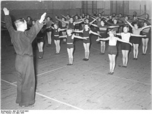 Bundesarchiv_183-37247-0001/Richter/CC-BY-SA 1956 Jena Fotograf Richter Wikimedia Commons