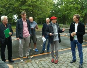 Holger Witzig (Gofus), Richard Golz (Hertha BSC), Dennis Diedrich (Rheinflanke), Carsten Röding (Baustadtrat), Sebastian Körber (Rheinflanke) Alexander Sobotta (Bildung durch Sport e.V.)