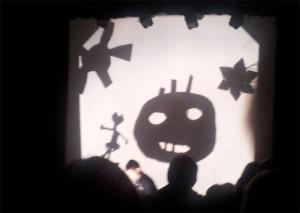 Schattenspiel mit Figuren