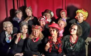 Am 8. März auf der Bühne im Gemischtes: die ImproTanten mit ihrem Pianisten