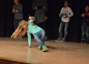 Satte 'moves' als Einlage, die Breakdance AG ..