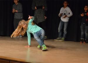Satte 'moves' als Einlage, die Breakdance AG ..