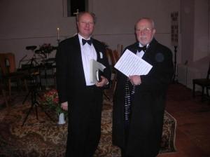 Hans-Joachim Scheitzbach und Lothar de Maizière nach dem Konzert am 16.3.2006 in der Staakener Dorfkirche