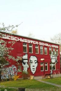 Rotes-Haus-am-Magi