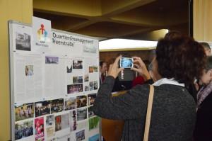Vielbeachtet die Tafel mit Projekten und Informationen vom Quartiersmanagement