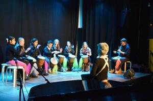 Mit immer wieder neuer Besetzung: Stammgäste auf vielen Bühnen, die Morgenstern-Trommler von Rita Gutte und Mohamed Askari