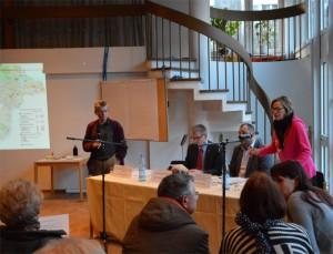 Pfarrer Cord Hasselblatt, Helmut Kleebank, Danilo Segina und Petra Sperling (Gwv)