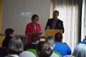 Petra Sperling (Gemeinwesenverein) und Dr. Martin Bauschke (Stiftung Weltethos, Berlin)