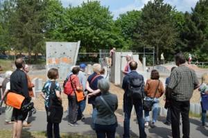 auf dem Parcours am Parcours des mit Soziale Stadt-Mitteln ausgebauten Parks der Kulturen