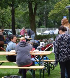 Als Gäste: viele Familien aus dem nahen Umfeld ...