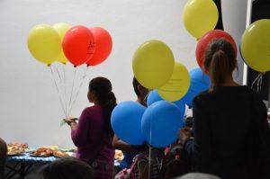 .. und (Luftballon)-Schlangen am Bufett